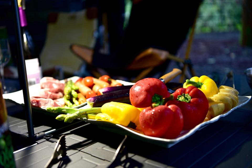 キャンプ飯のおすすめメニュー20選!初心者でも簡単に作れる料理!